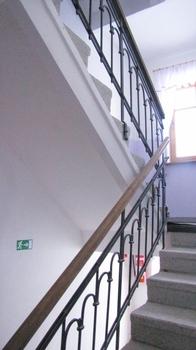 Navrácení schodům jejich zašlí lesk